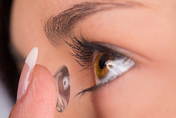 contact lens exam in ashburn va